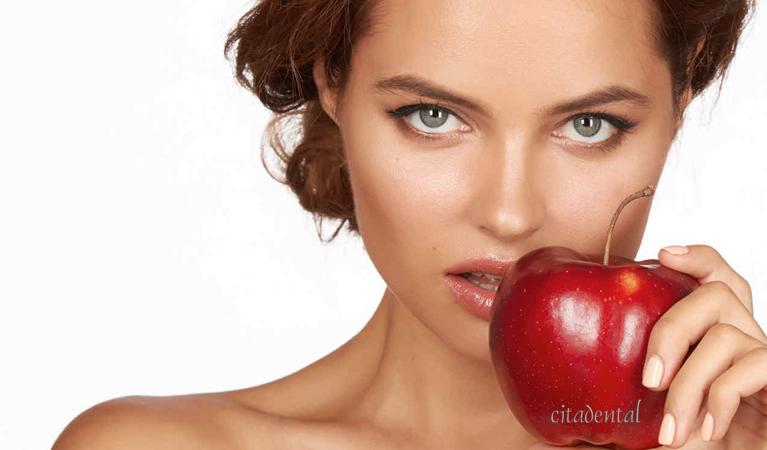 Cinco buenos alimentos para la salud dental