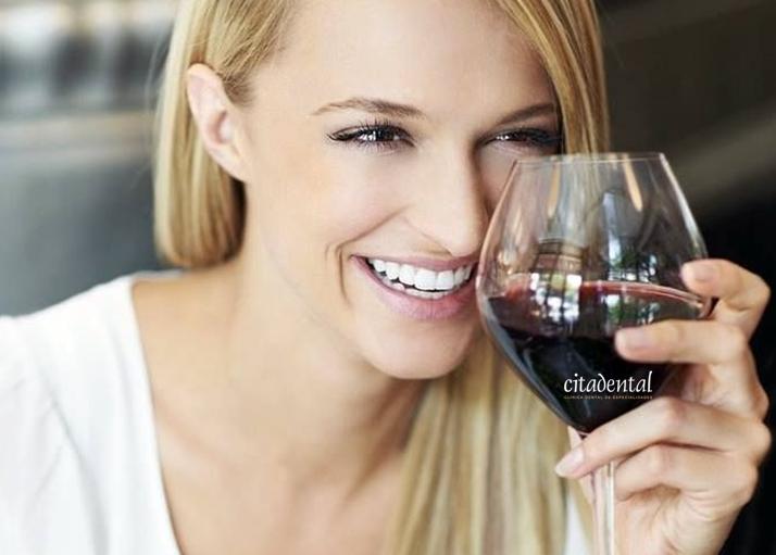 La salud bucal en el bebedor social